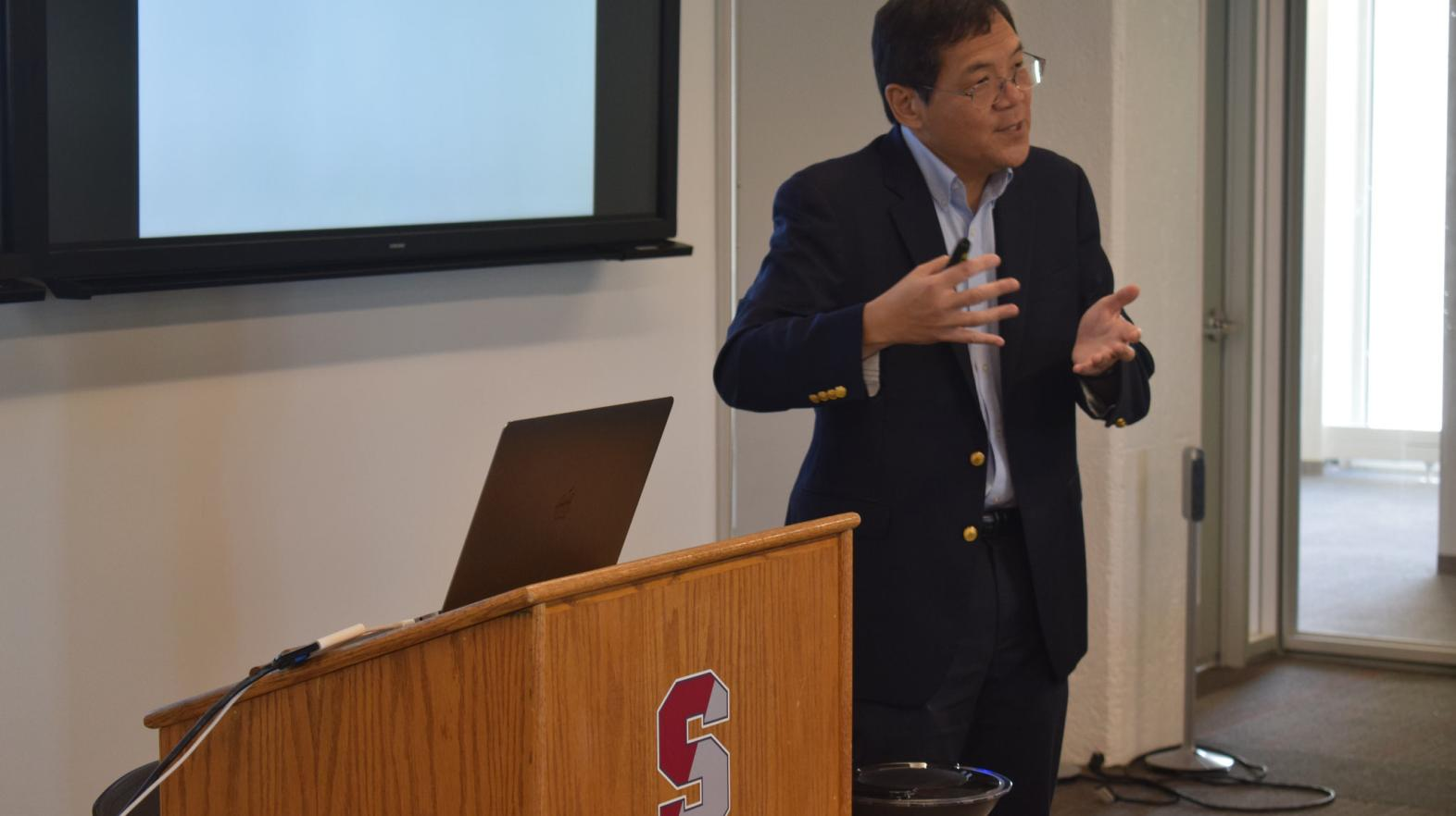 Stephen Chew speaks at Springfield College