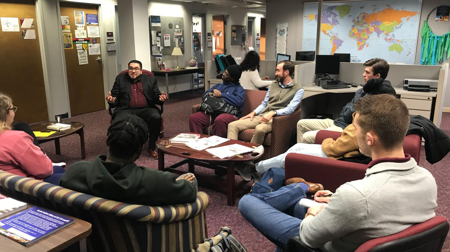 Students interact with José Jorge Mendoza from the University of Massachusetts Lowell